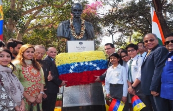 Venezuelan Delegation visited India to participate in the celebrations of the Founding Conference of the International Solar Alliance and paid tribute to their father of the Nation, Simon Bolivar on 10th March 2018 at New Delhi, India.