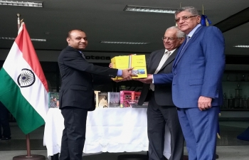 Presentation of the book-set on