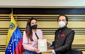 Ambassador Abhishek Singh met Minister of Ecological Mining Development Dr. Magaly Josefina Henriquez Gonzalez and was briefed about the developments in the mining sector in Venezuela